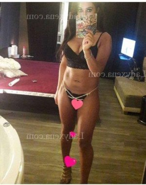 Jeanne-alice escort massage sexy à Castries