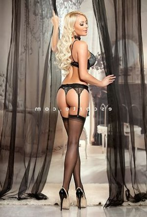 Liloo escort girl ladyxena massage